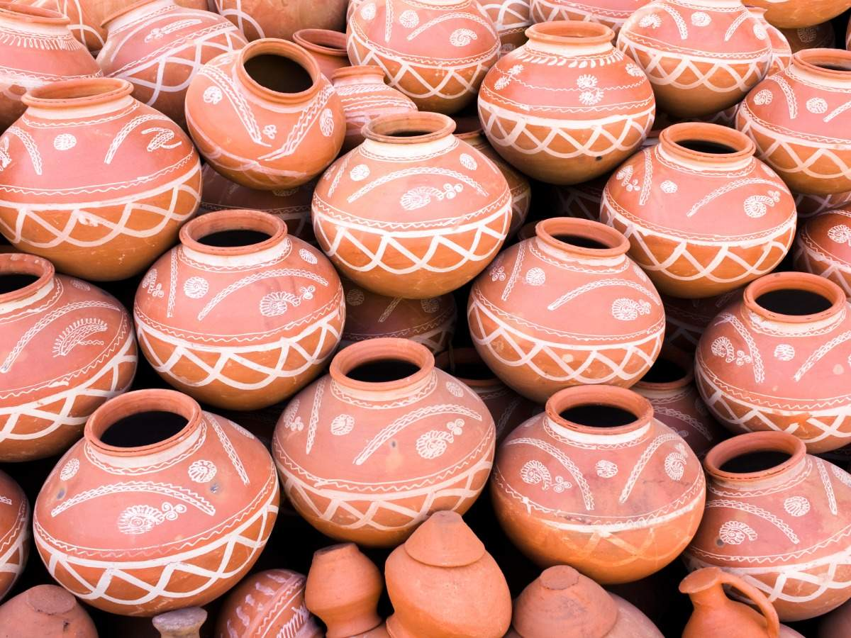 5 reasons why you must drink water from a clay pot or 'matka' in summers -  Times of India
