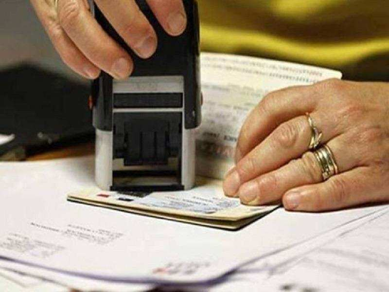 H1B Visa: Over 2 lakh H-1B workers could lose legal status by June |  International Business News - Times of India
