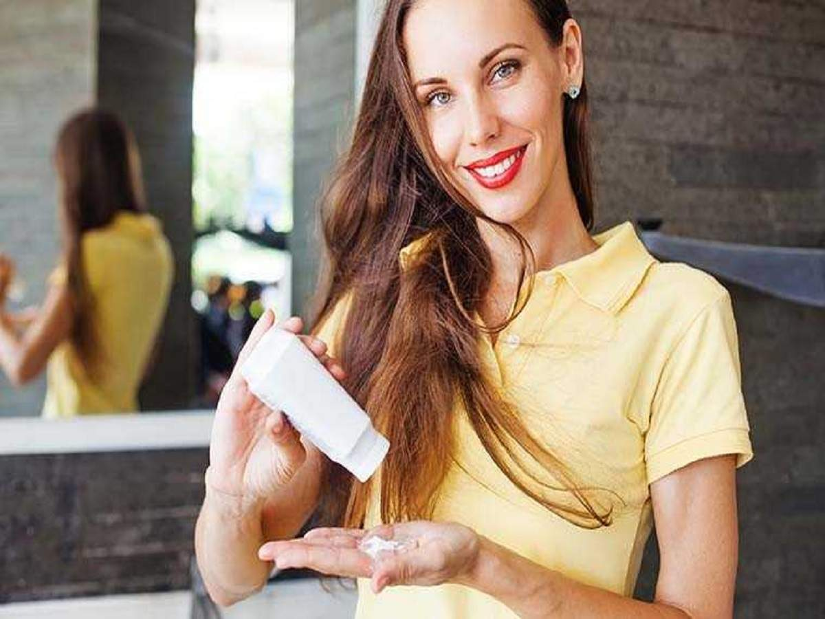 Talcum Powder for women: For an aromatic, long lasting freshness | Most  Searched Products - Times of India