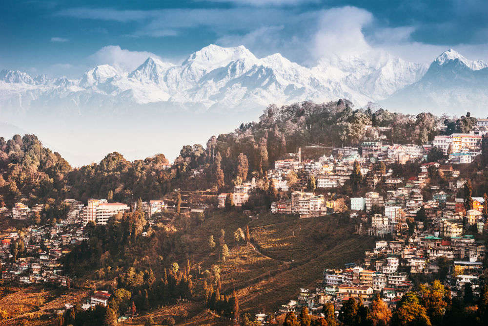 Kanchenjunga, the world's third-highest mountain peak is now visible from Siliguri, West Bengal