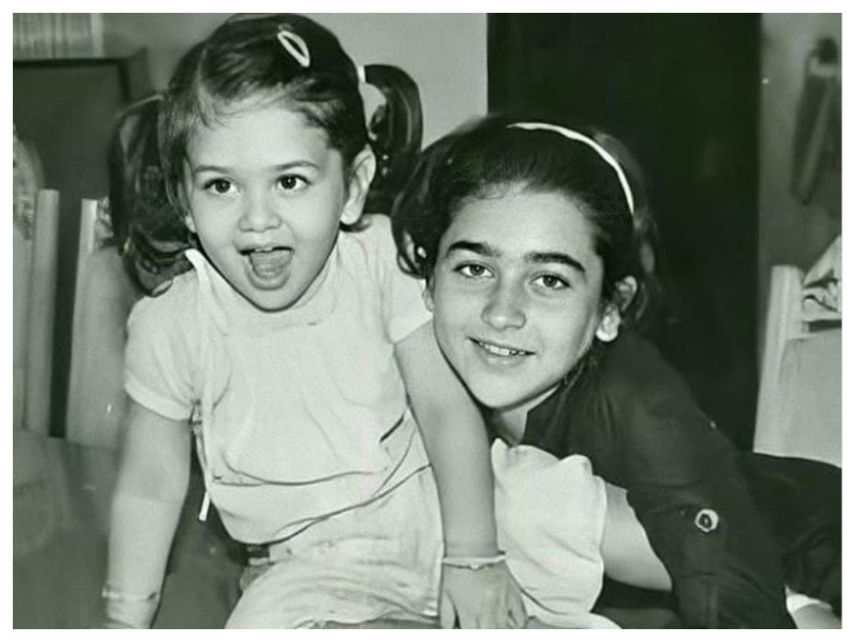 THIS childhood picture of Kareena Kapoor Khan and Karisma Kapoor is the cutest thing you will see on the internet today   Hindi Movie News - Times of India