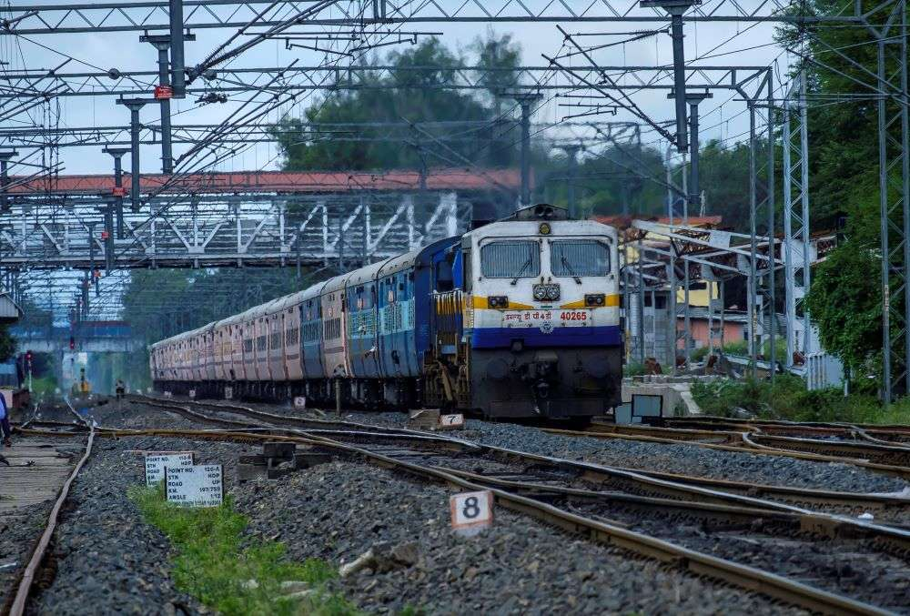 West Bengal: 'Shramik Special' trains restricted entry till May 26