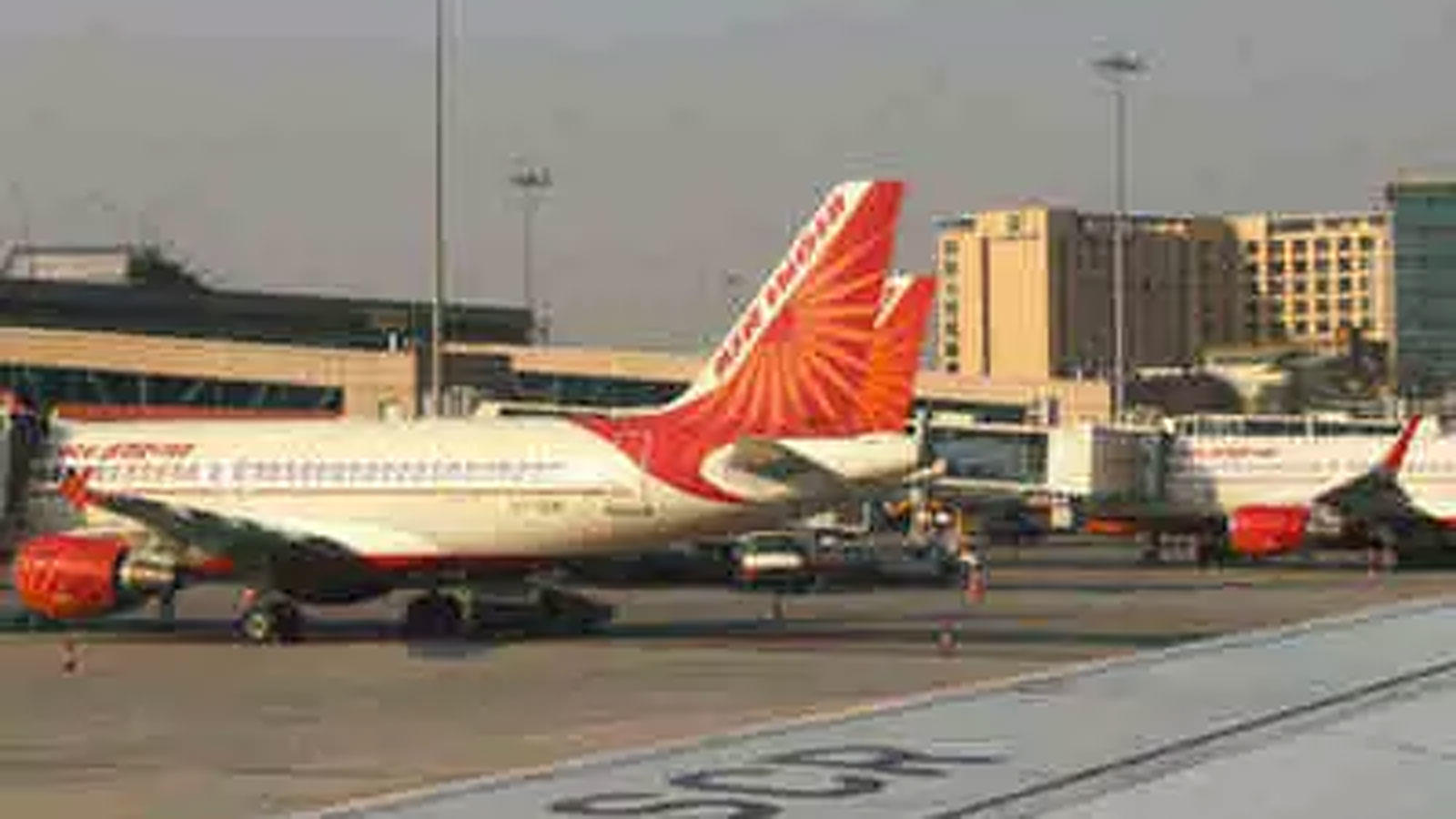 sc-allows-air-india-to-operate-flights-with-middle-seats-filled-till-june-6