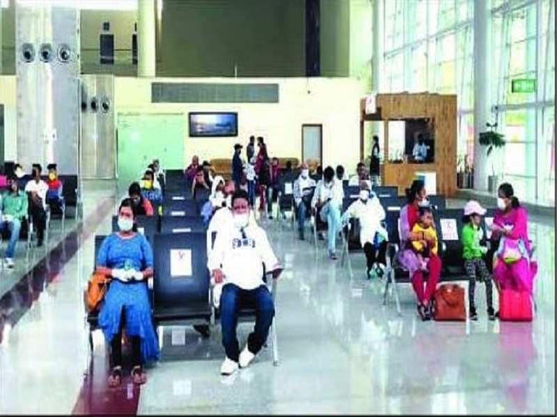 Varanasi Flights Resume With Arrival Of 1 215 People Varanasi News Times Of India