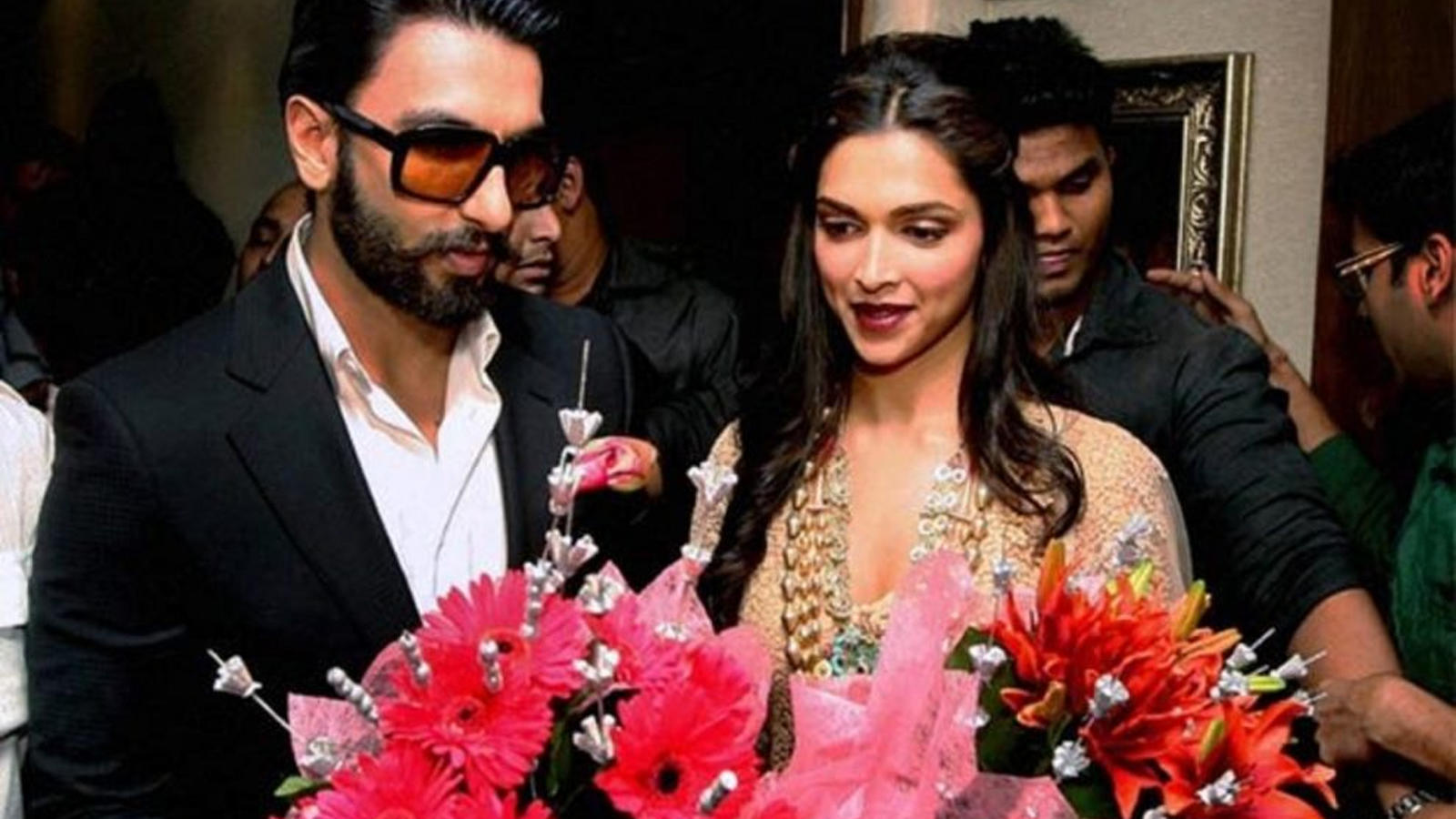 ranveer-singh-recalls-how-his-father-once-asked-him-why-he-was-spending-so-much-money-on-buying-deepika-padukone-flowers