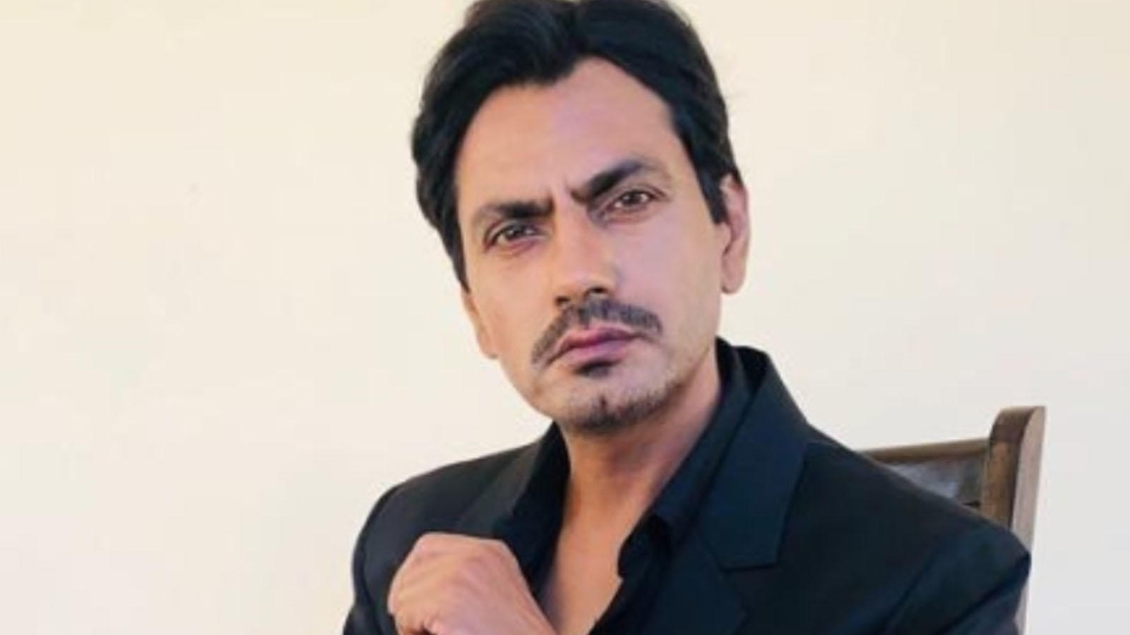 nawazuddin-siddiquis-niece-alleges-sexual-harassment-by-the-actors-brother-files-a-police-complaint