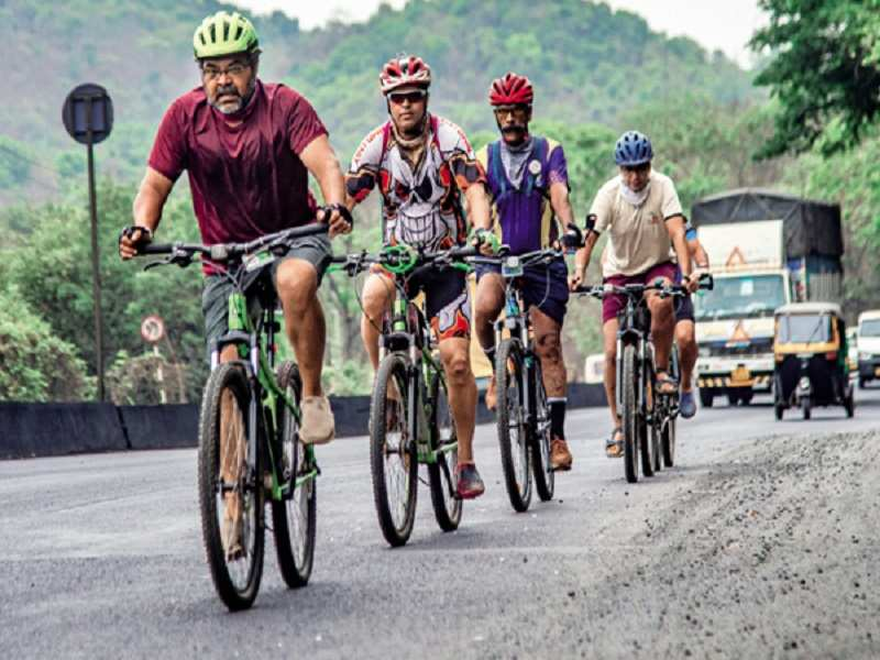 Maharashtra: Report gives cycling a thumbs up for social distancing on the  road | Mumbai News - Times of India