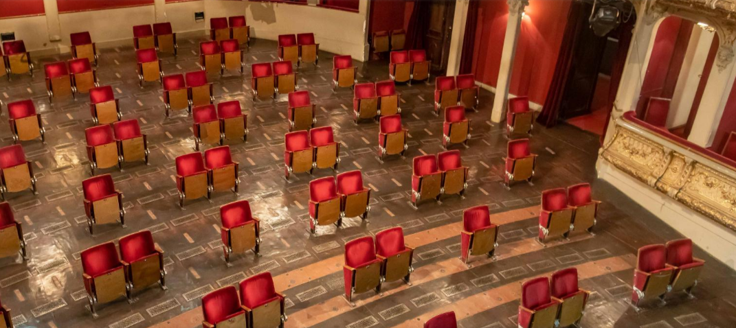 A Berlin theatre shows how watching a play in coming times will be like