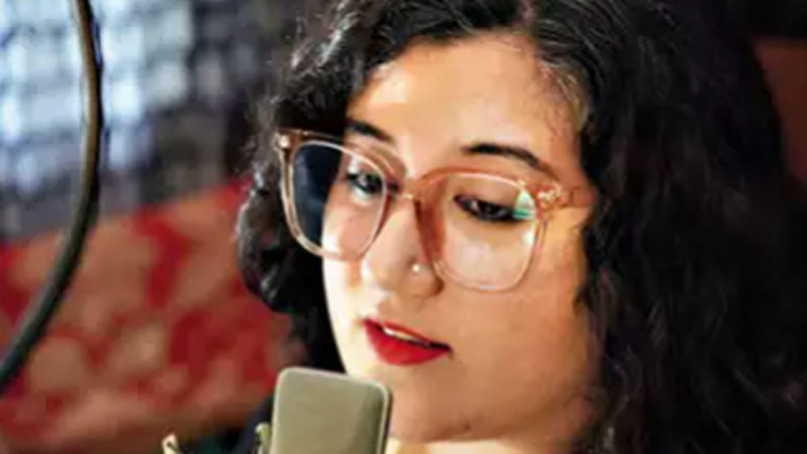 Jasleen Bhalla: Meet the voice of the corona caller tune | Delhi ...