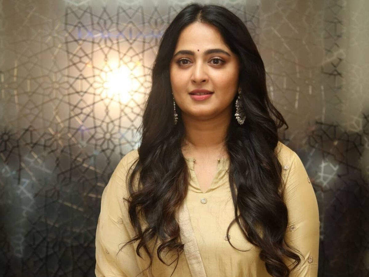 Changes happen slowly in a million moments that look the same: Anushka  Shetty | Telugu Movie News - Times of India