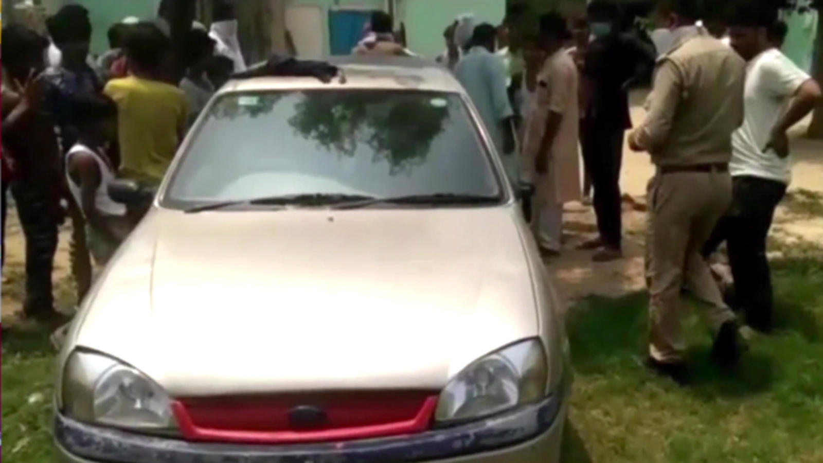 Up 2 Children Suffocate To Death Inside Locked Car In Moradabad City Times Of India Videos