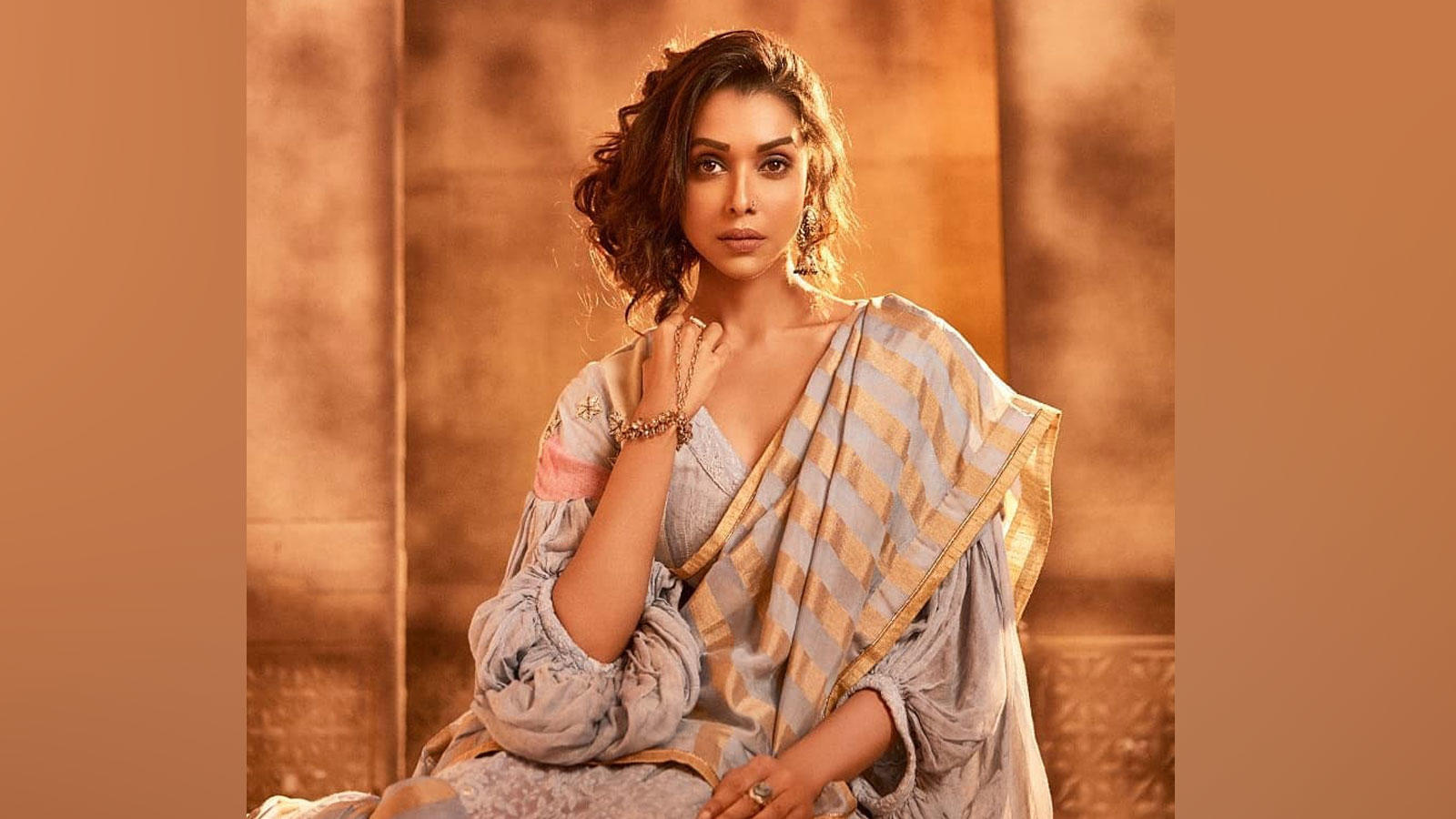padmaavat-actress-anupriya-goenka-lists-her-favorite-monsoon-tracks-and-sings-one-special-number-watch-video