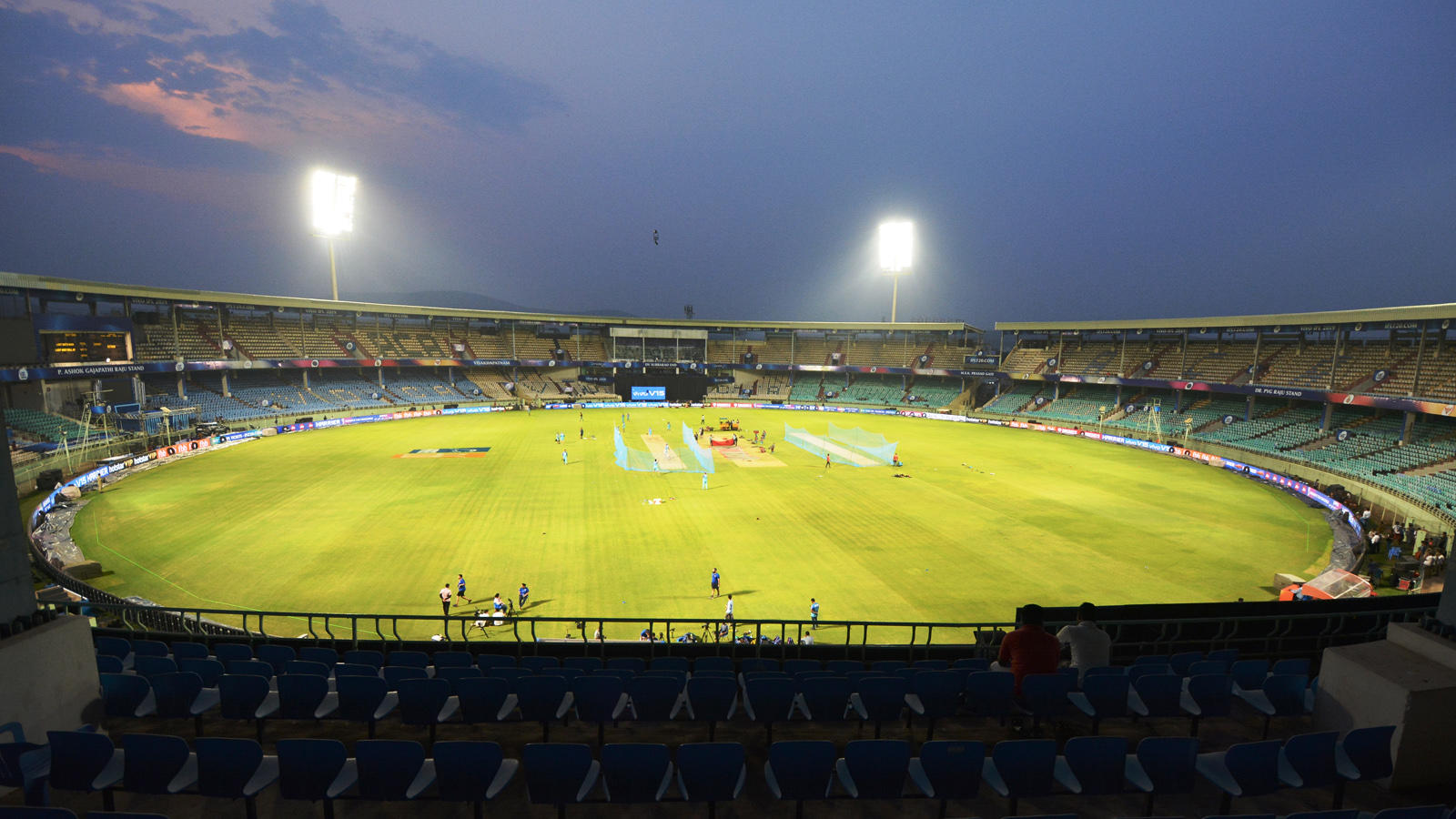 after-uae-and-sri-lanka-new-zealand-offers-to-host-ipl-says-bcci-official