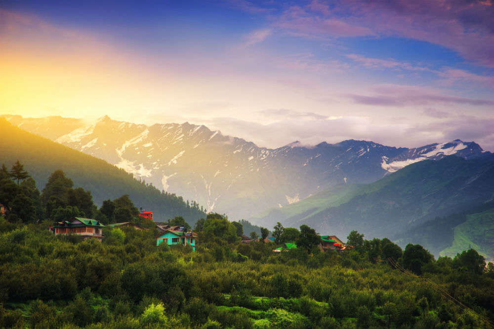 Jammu and Kashmir will soon reopen for tourism; government to issue guidelines