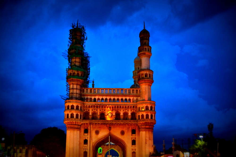 Hyderabad: Charminar and Golconda Fort closed down again after brief re-opening