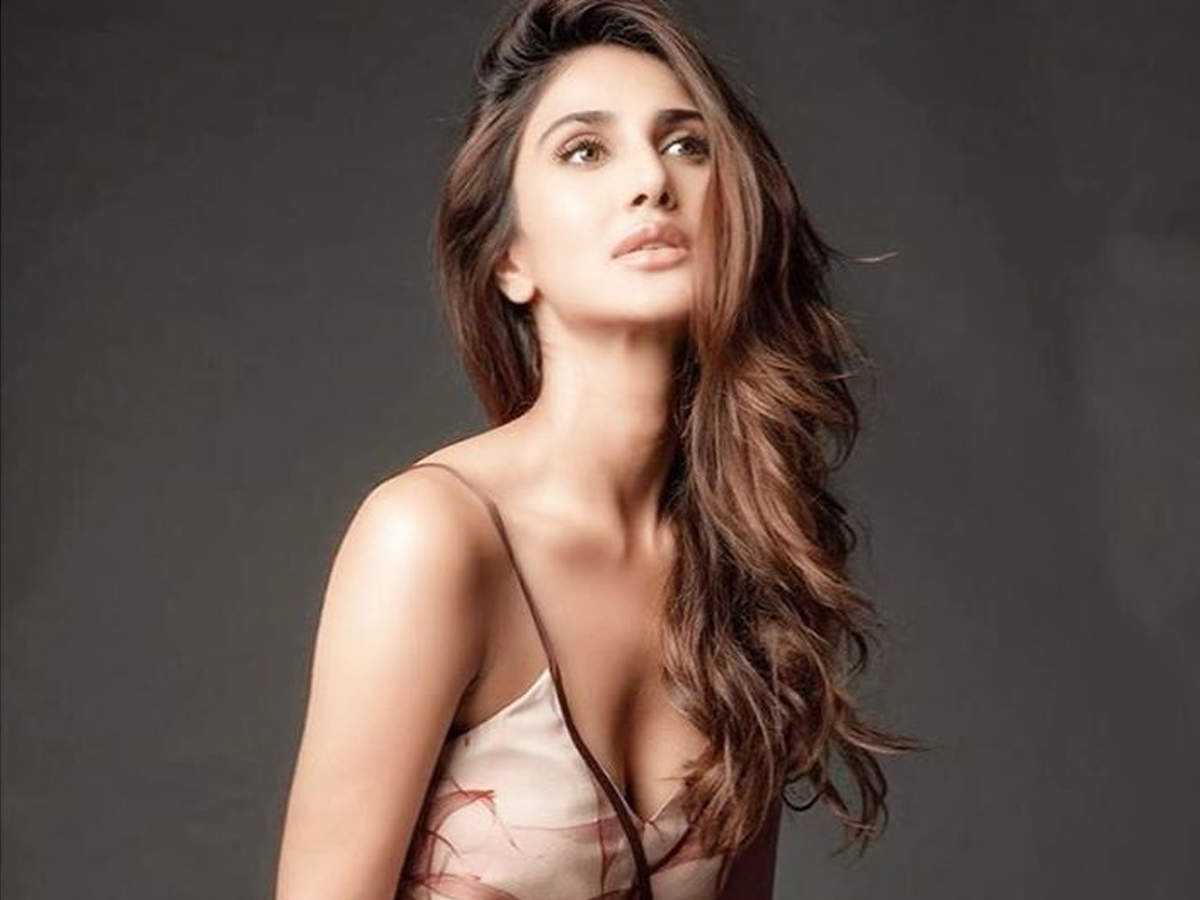 Exclusive!  Vaani Kapoor on her first co-star Sushant Singh Rajput: He gave me the warmest and sweetest smile when I walked into the room |  Hindi Movie News - Times of India