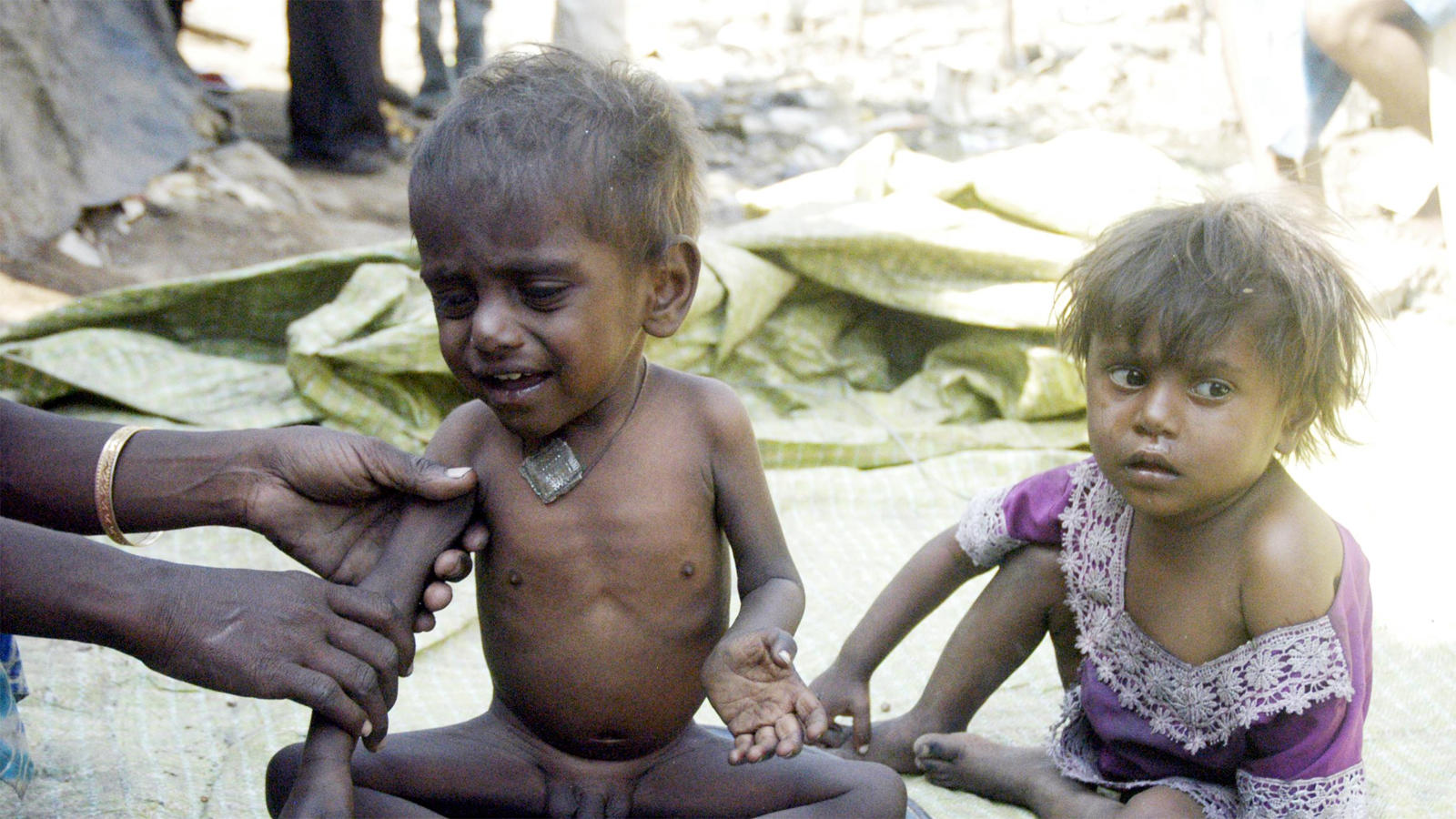 indias-undernourished-figure-declines-un-report