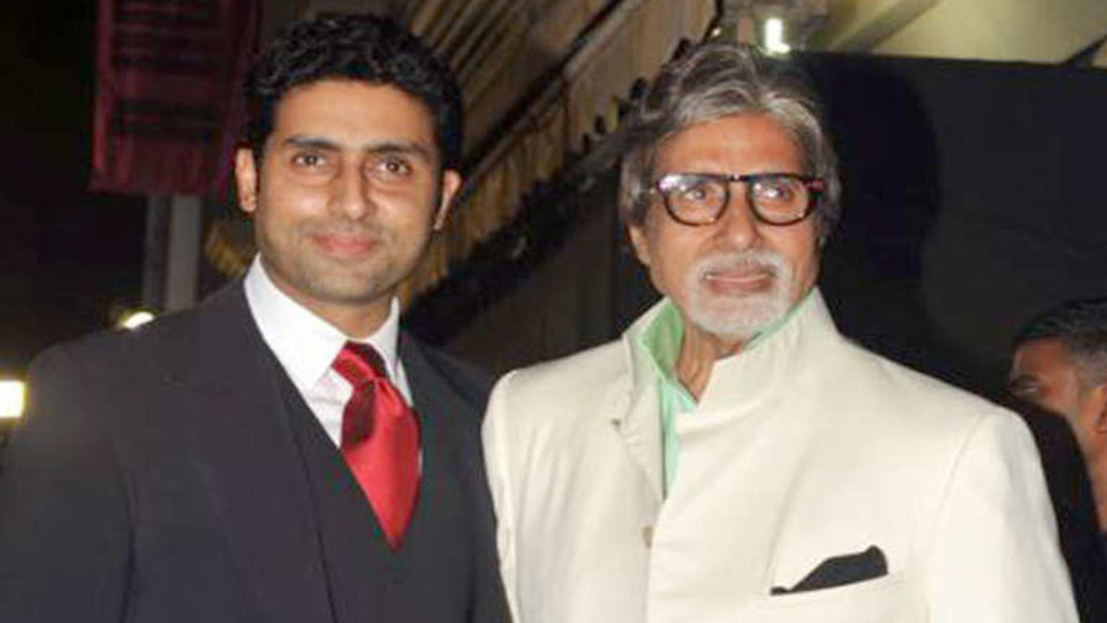 covid-19-positive-amitabh-bachchan-and-abhishek-bachchan-to-be-stay-in-hospital-for-at-least-seven-more-days