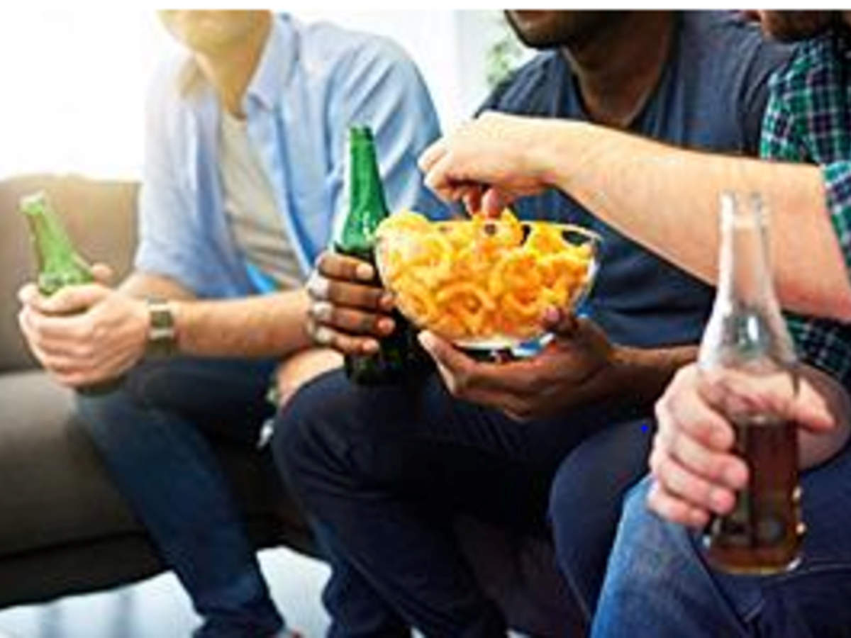 Uk Lockdown Life Binge Eating More Alcohol Less Exercise Times Of India