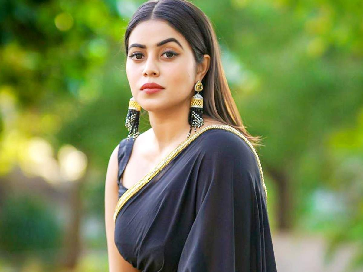 Here's why south actor Poorna is scared to get married now | Tamil Movie  News - Times of India