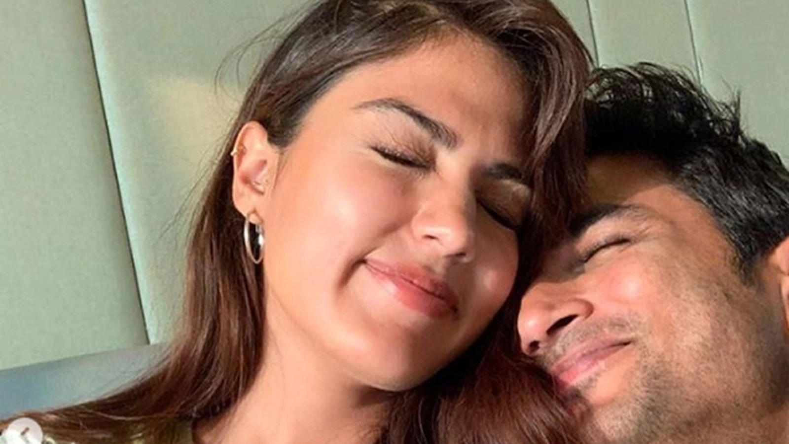 when-rhea-chakraborty-denied-being-in-relationship-with-sushant-singh-rajput-in-april-2020-saying-they-are-good-friends