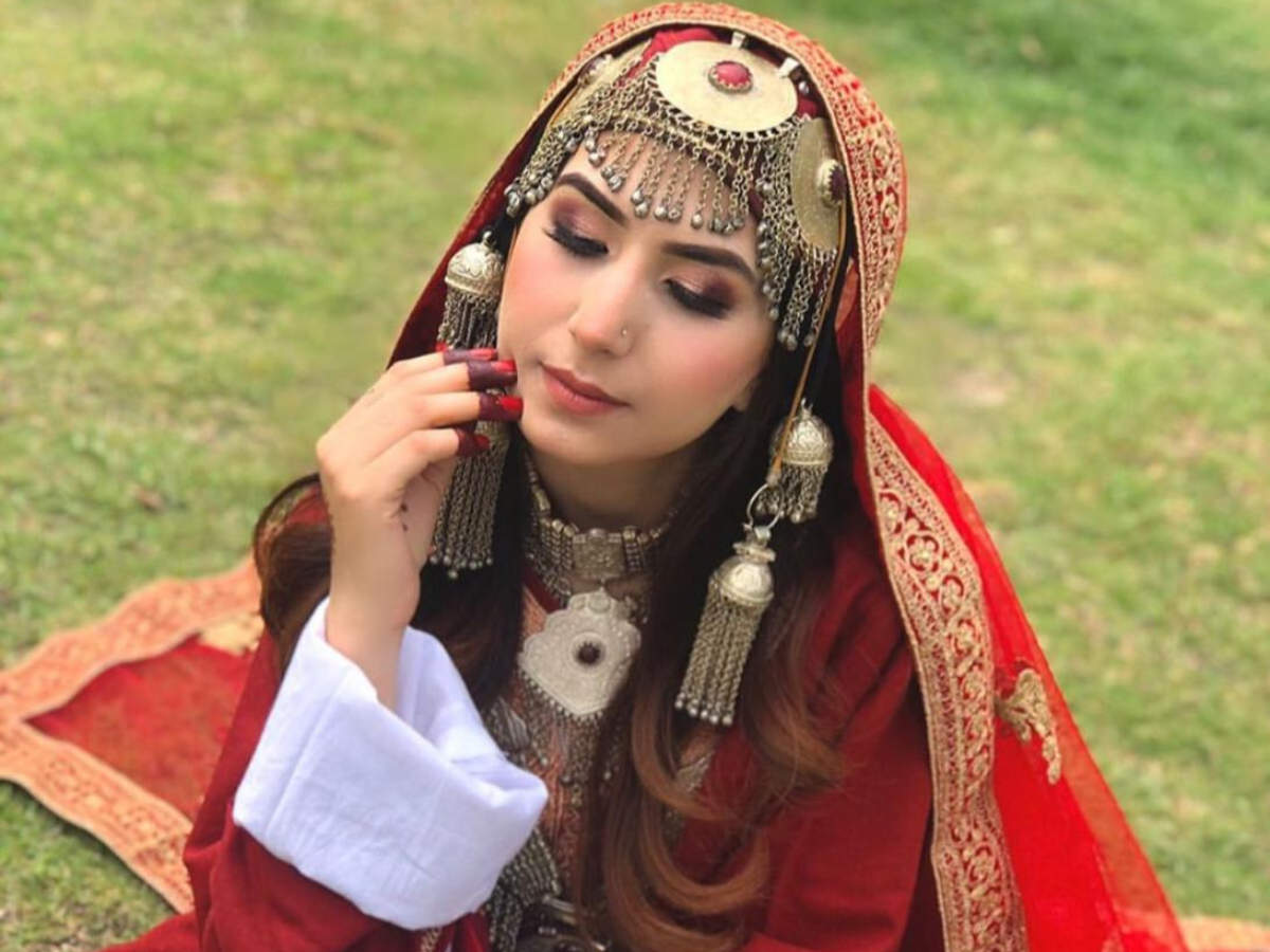 Kashmiri brides had to choose from limited options sold at male