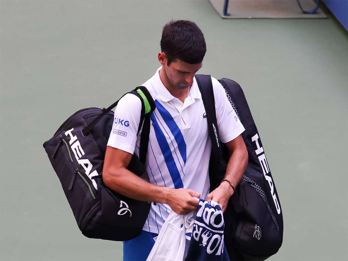 Novak Djokovic Disqualified From Us Open After Hitting Official With Ball Tennis News Times Of India
