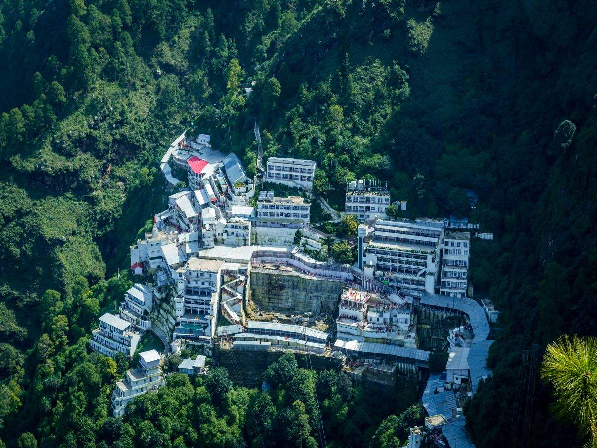 Vaishno Devi: Cap on number of visitors from outside J&K increased to 500 daily