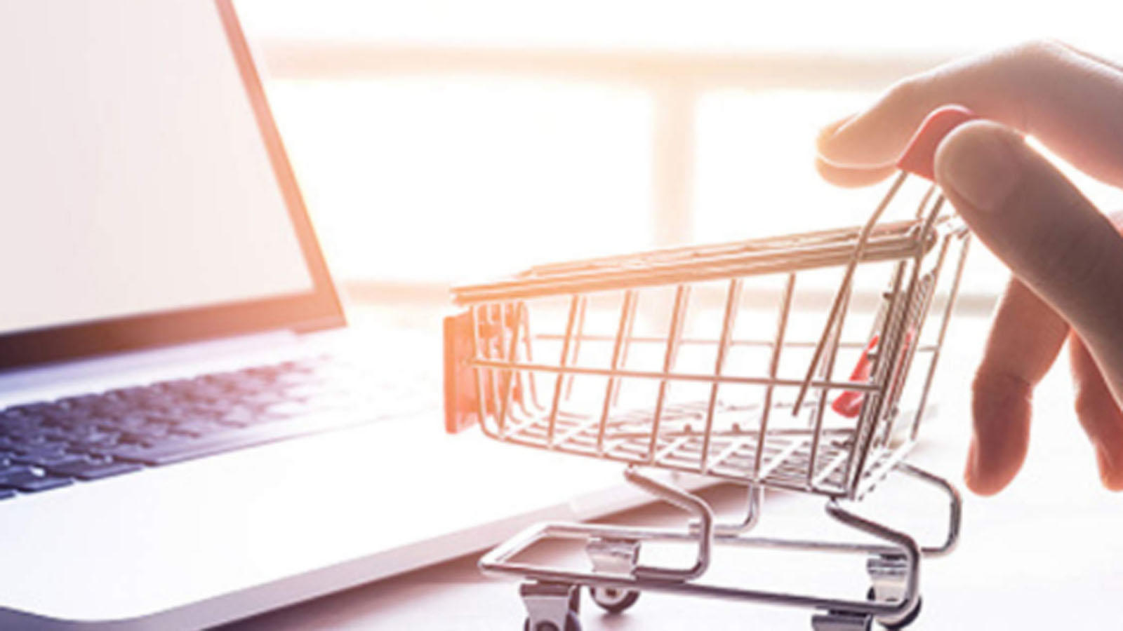 e-tailers-may-post-record-7-billion-festive-month-sales