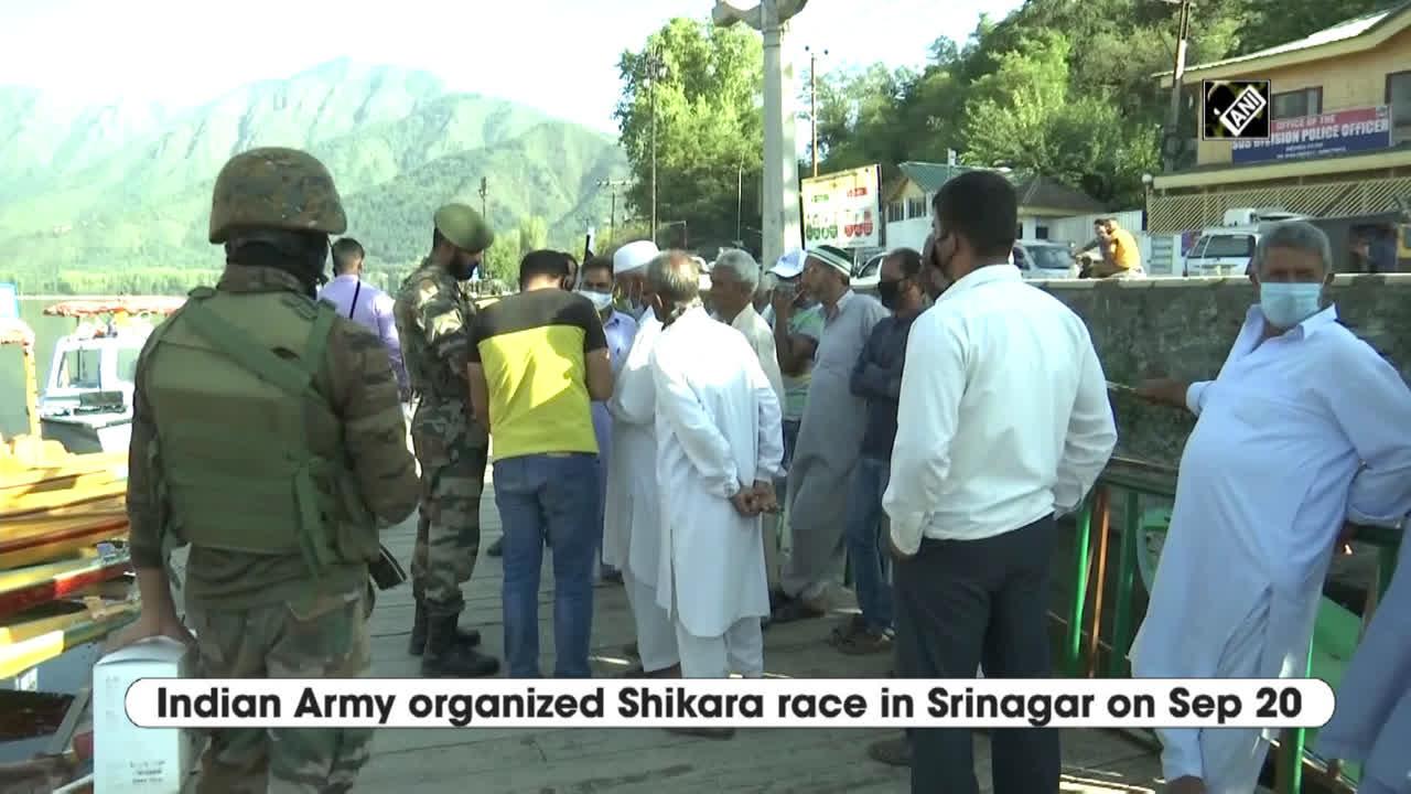 indian-army-organizes-shikara-race-on-srinagars-dal-lake