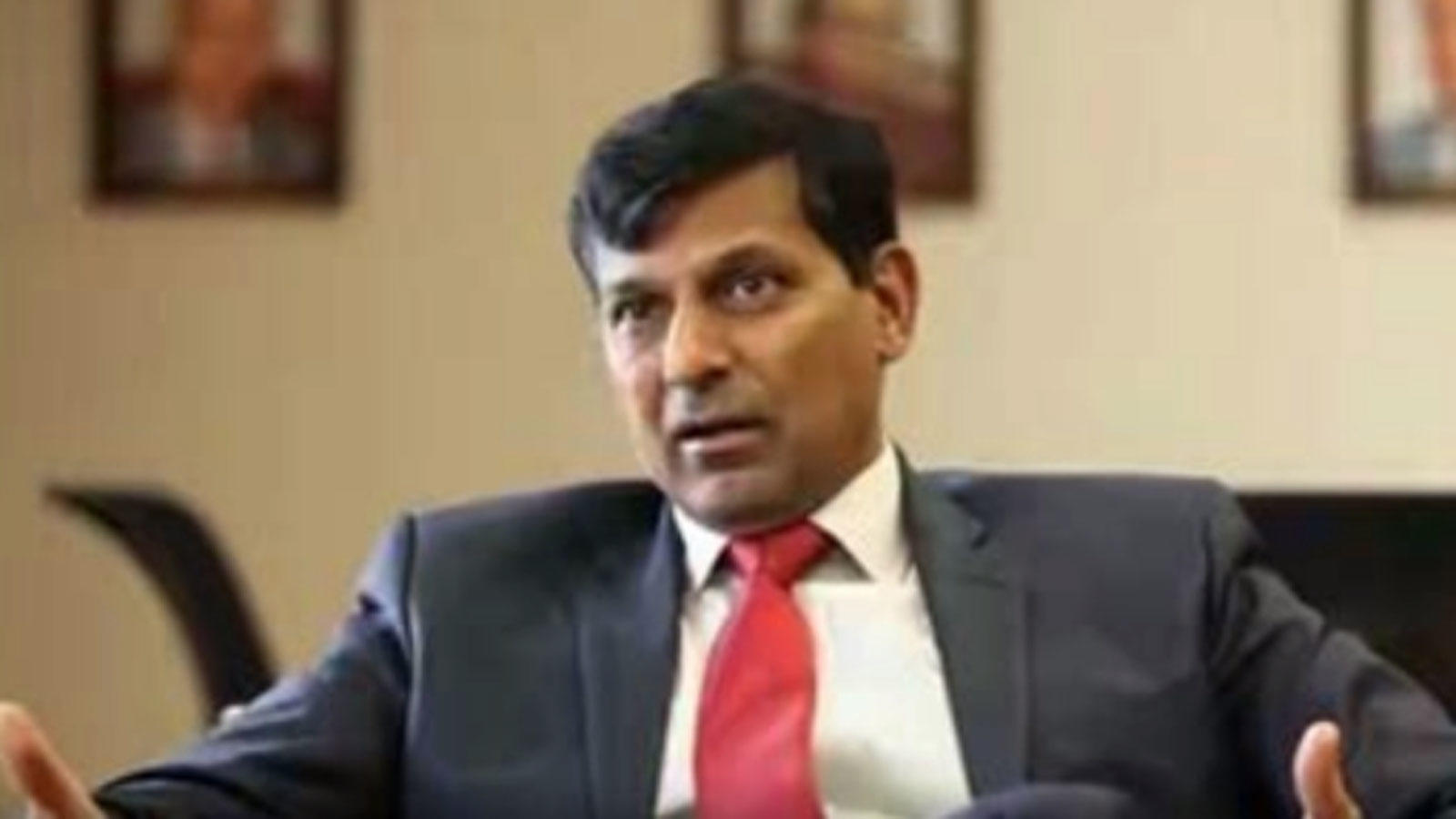 privatise-select-psu-banks-dilute-role-of-dfs-raghuram-rajan
