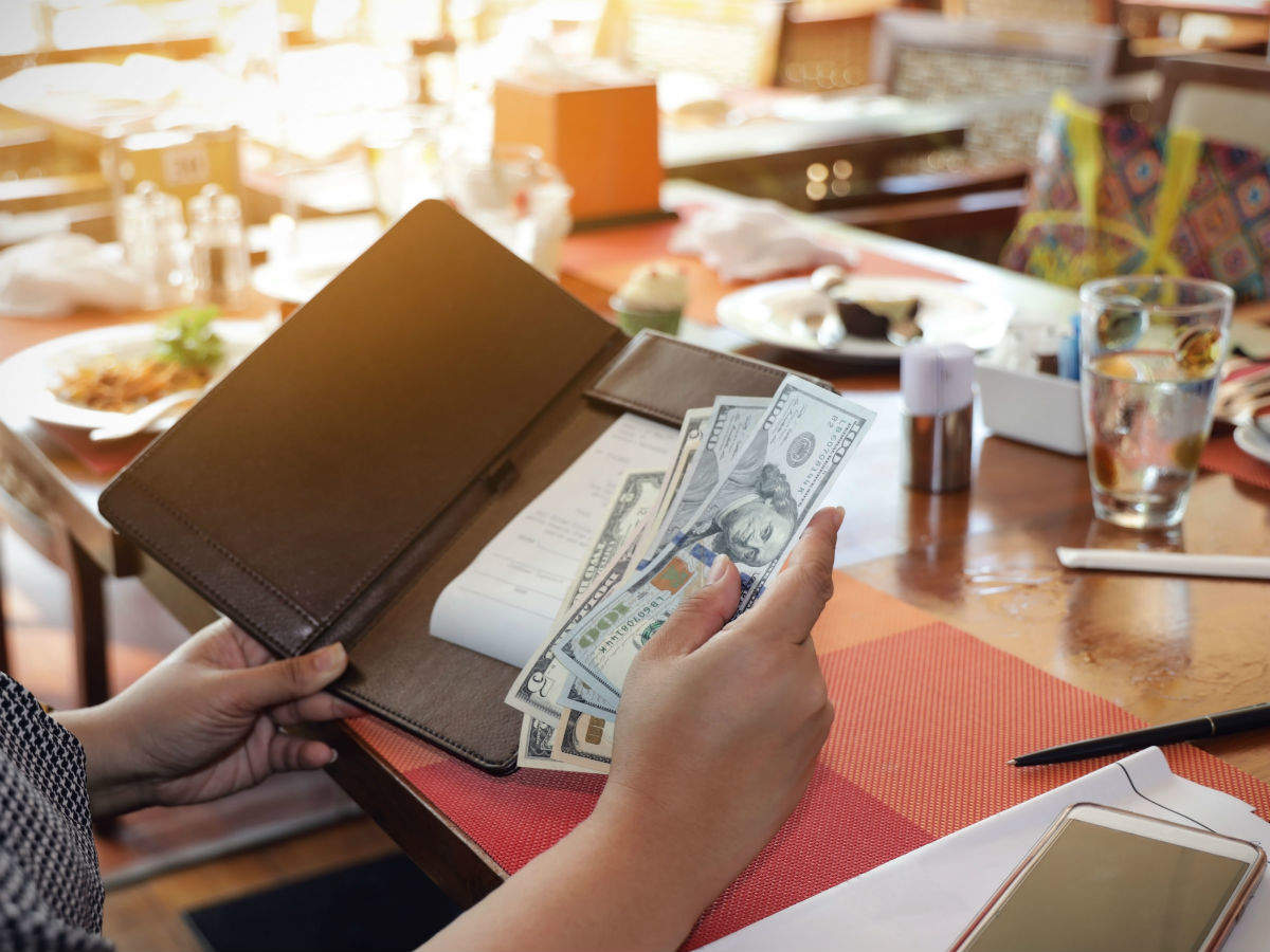 Planning to dine at a New York restaurant? Be ready to pay COVID-19 surcharge