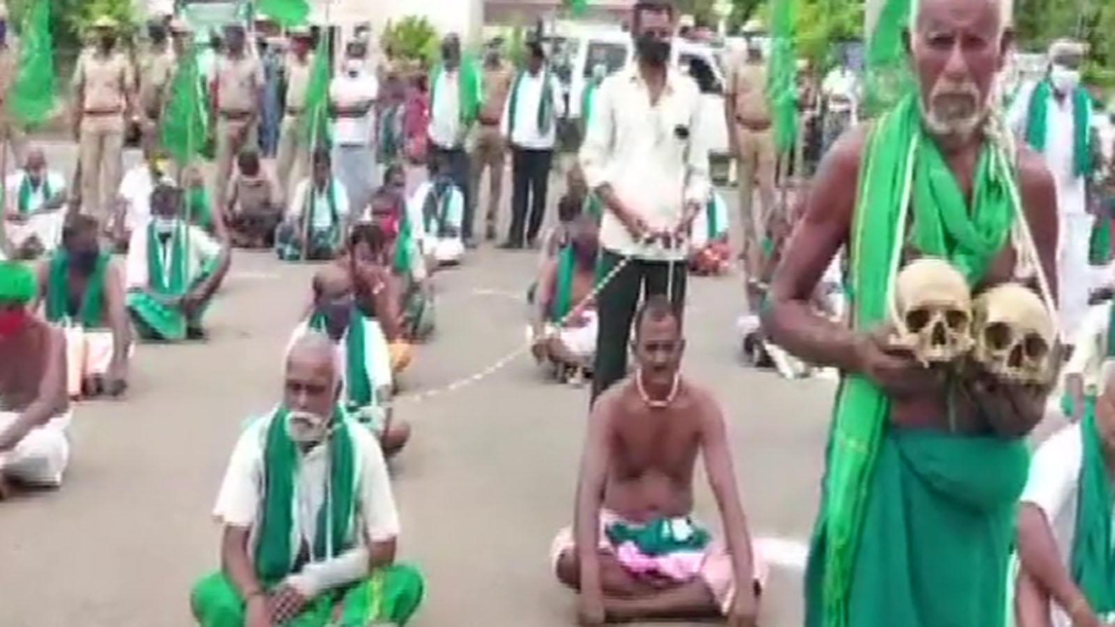 farm-bills-farmers-stage-protest-across-nation