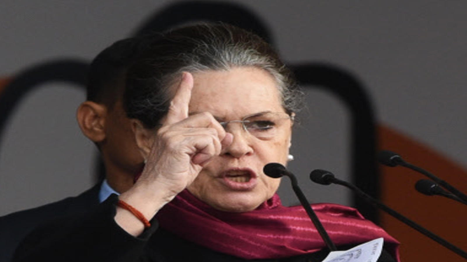 pass-laws-to-negate-centres-agri-legislations-sonia-gandhi-asks-congress-ruled-states