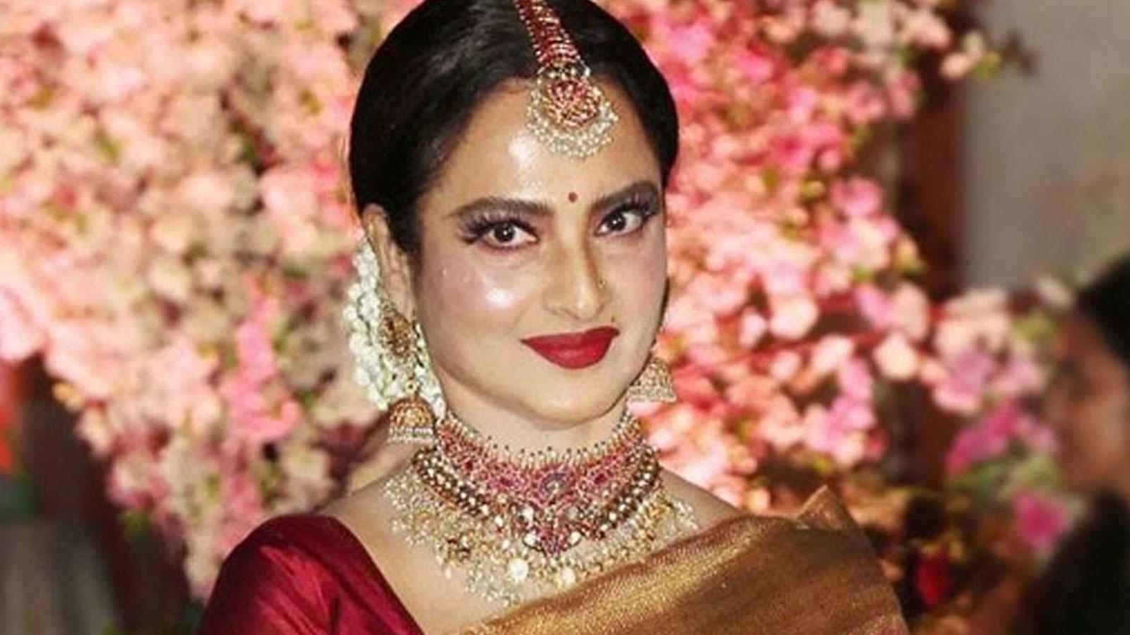 legendary-actress-rekha-to-make-her-tv-debut-with-new-show-ghum-hain-kisi-ke-pyaar-mein