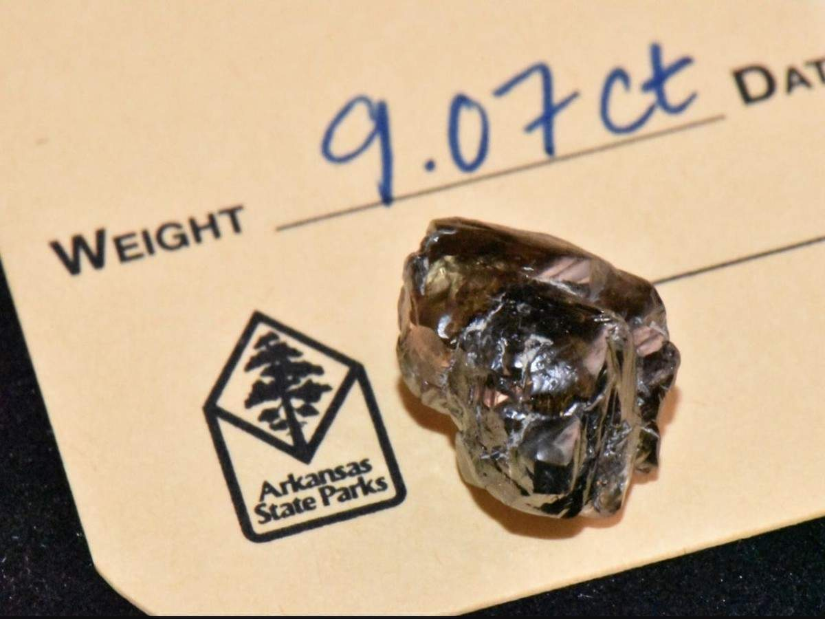 A hike in the park led this man to a precious 9.07 carat diamond!