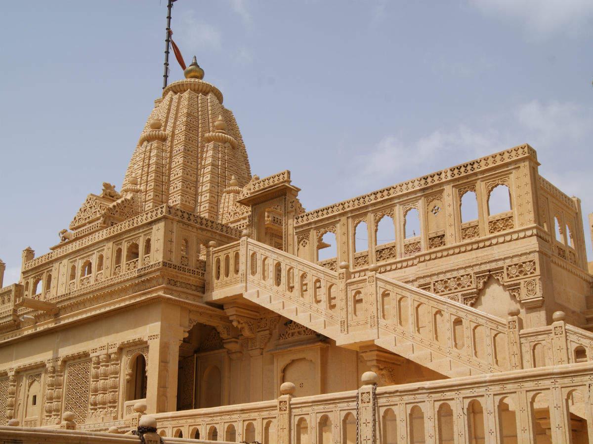 About the Jain Temple of Lodhruva near Jaisalmer
