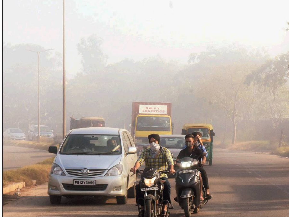 Dumping ground fire leaves residents gasping for breath in Chandigarh | Chandigarh News - Times of India