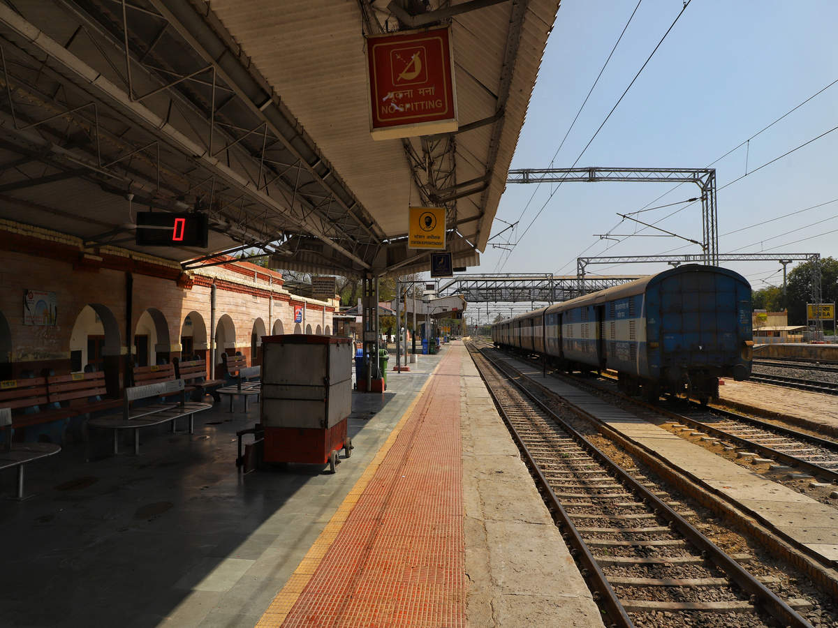 Indian Railways to restart passenger services of Tejas Express train from Oct 17