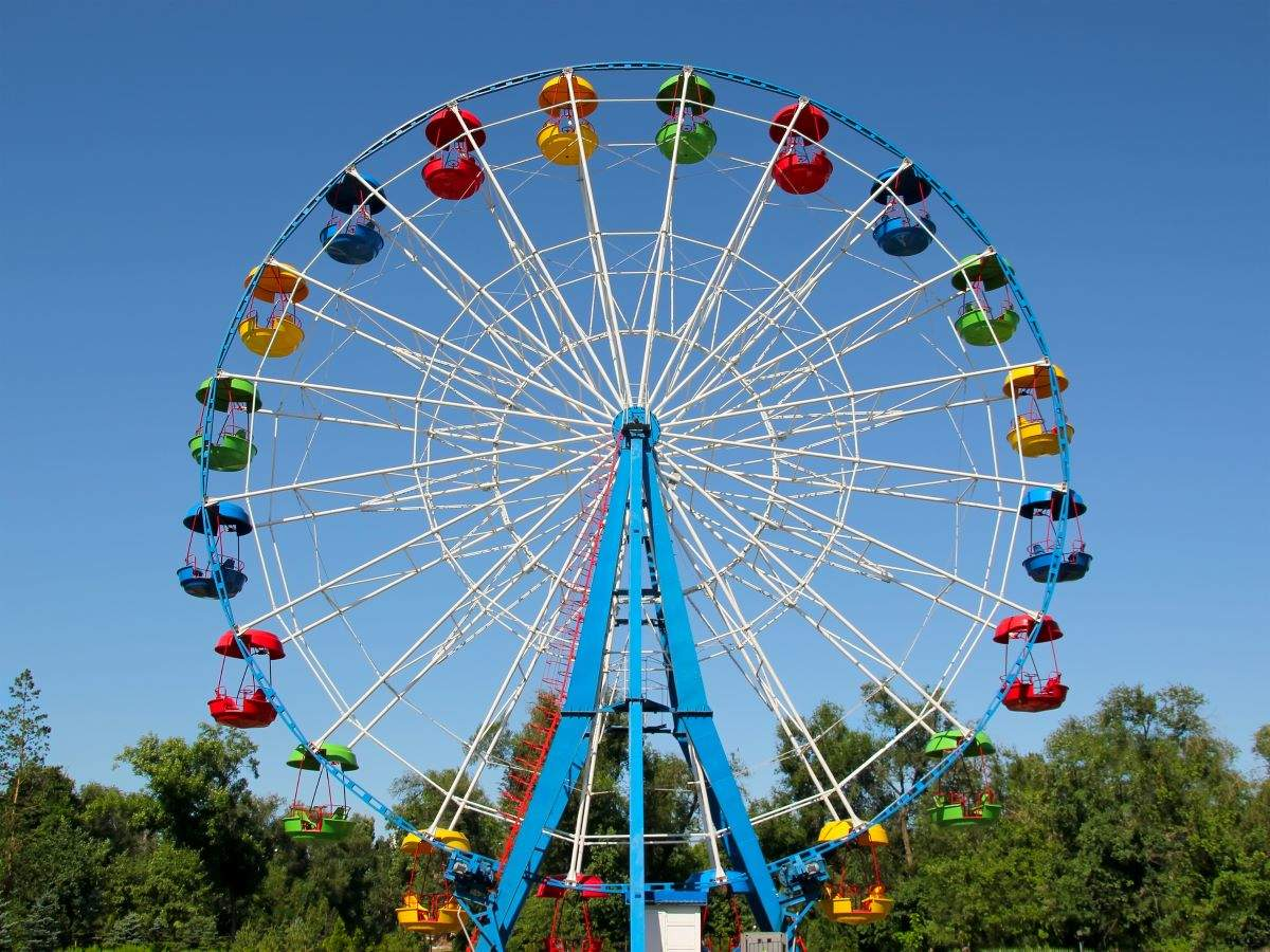Work remotely from a Ferris wheel equipped with Wi-Fi!