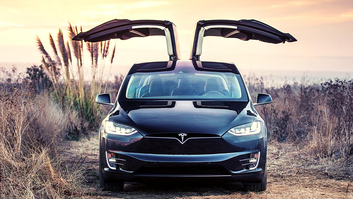 Tesla Fsd Beta Launch Date Tesla To Launch Full Self Driving Beta To Select Drivers