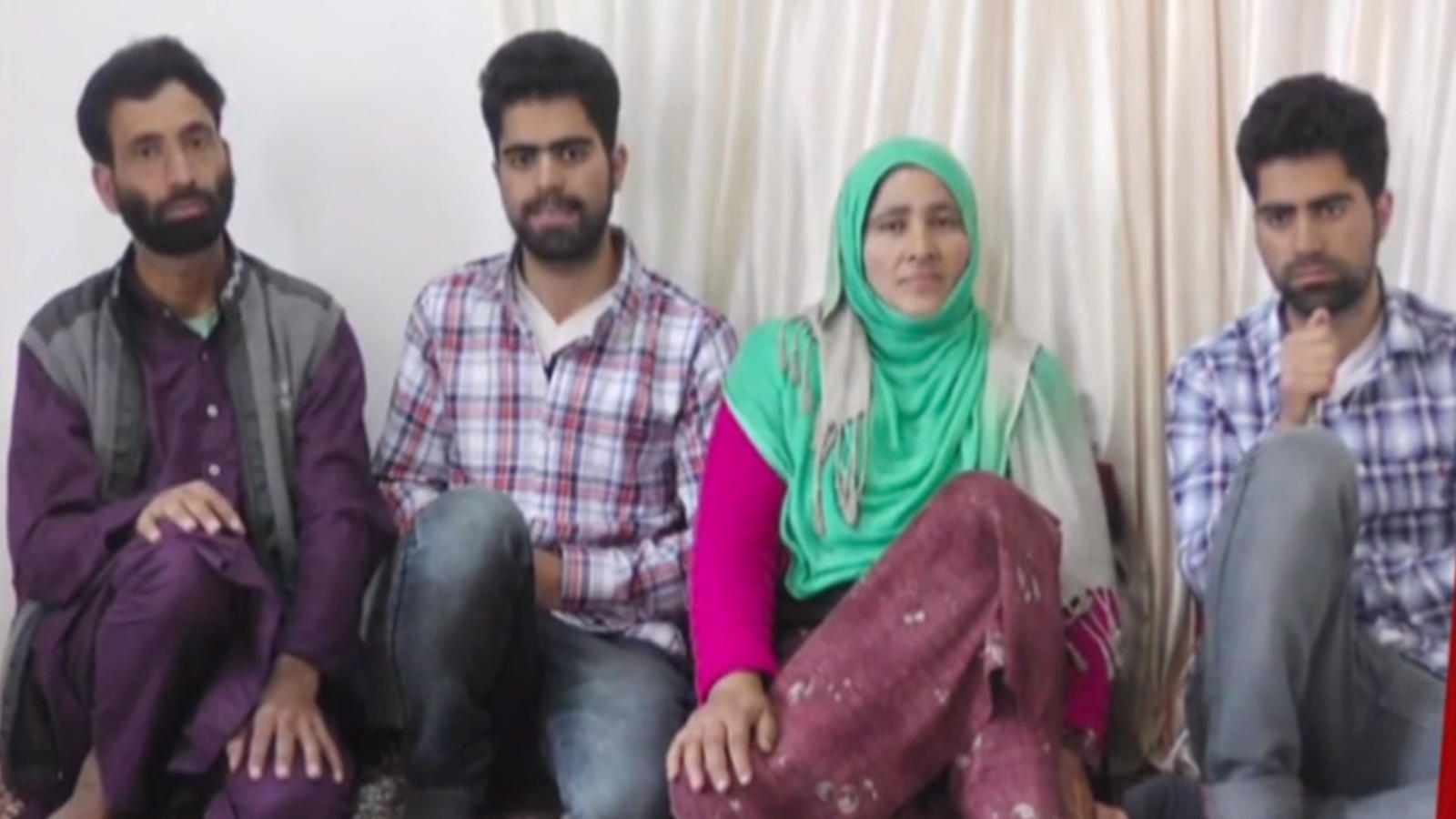 fly-high-twin-sons-of-kashmiri-shopkeeper-shine-in-neet-2020