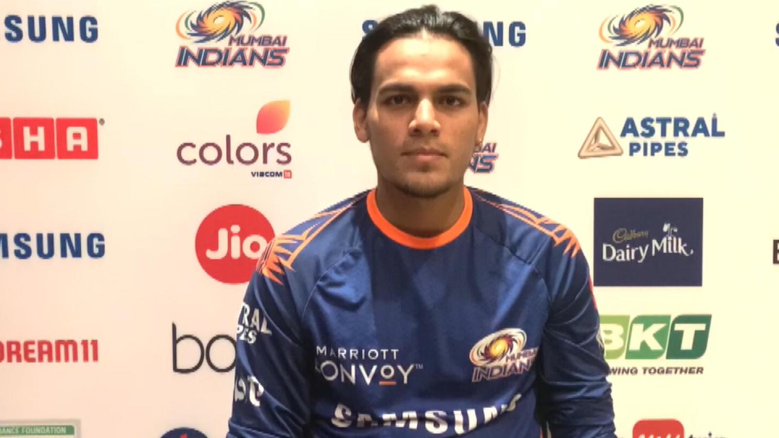 krunal-pandya-befools-batsmen-with-variations-rahul-chahar