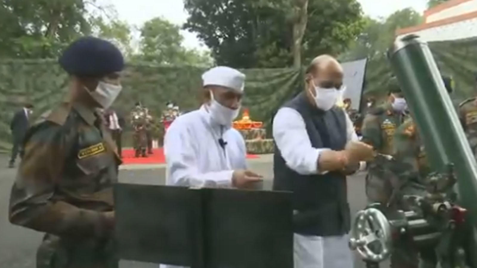 defence-minister-rajnath-singh-performs-shastra-pooja-with-troops-in-sikkim