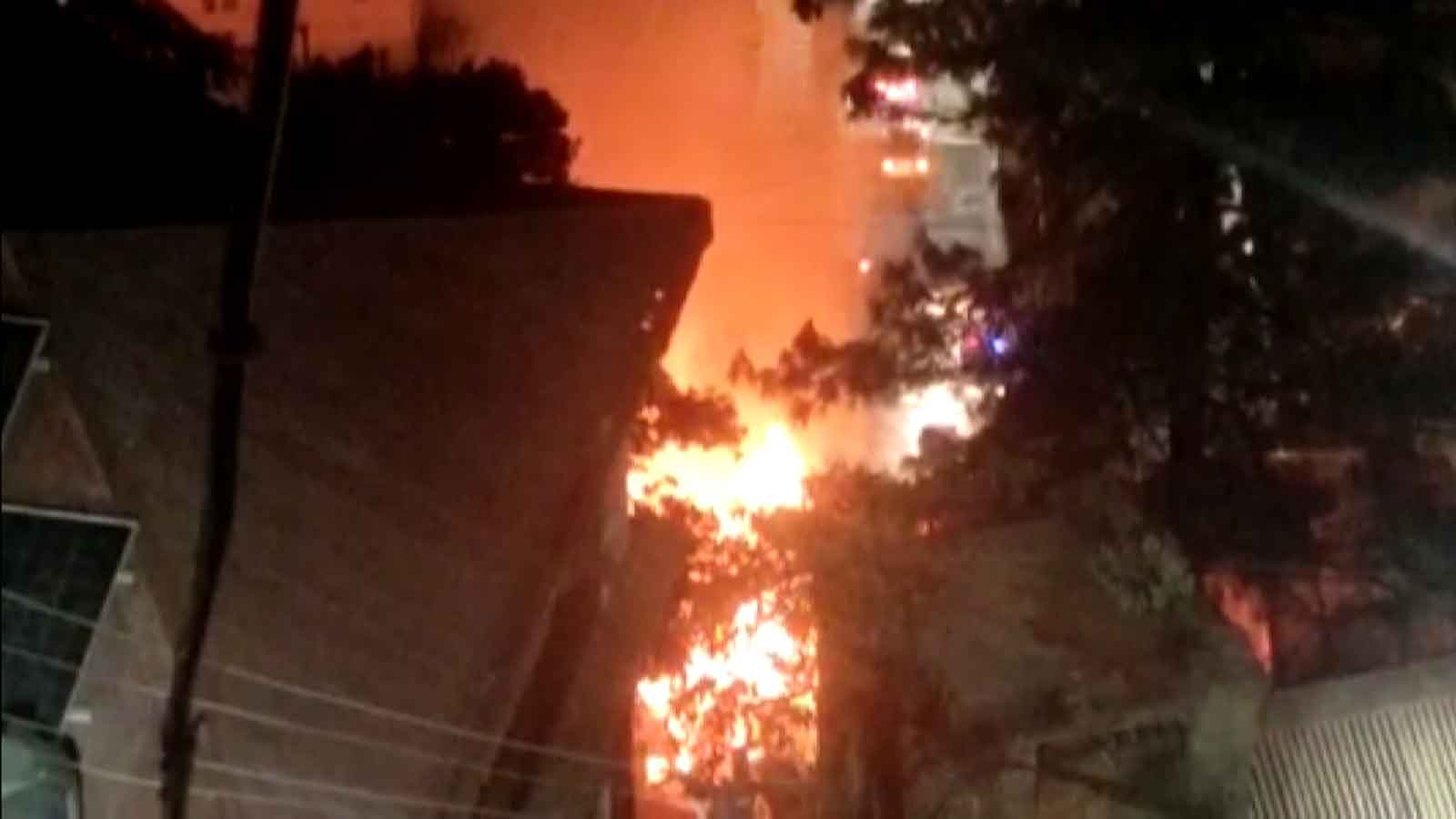 massive-fire-in-shimlas-hotel-leads-to-loss-of-rs-2-lakh