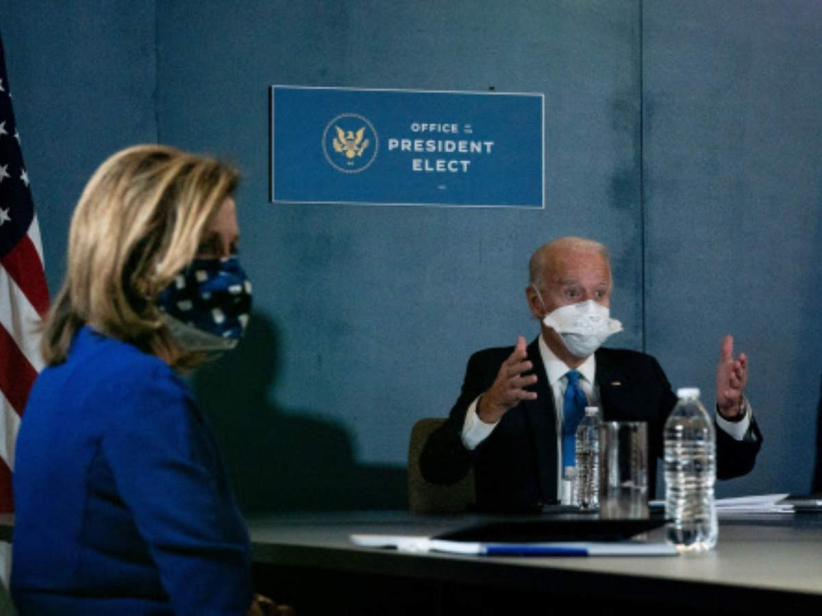 Covid-19: Biden, Harris meet House Speaker Nancy Pelosi, Senate leader  Schumer - Times of India