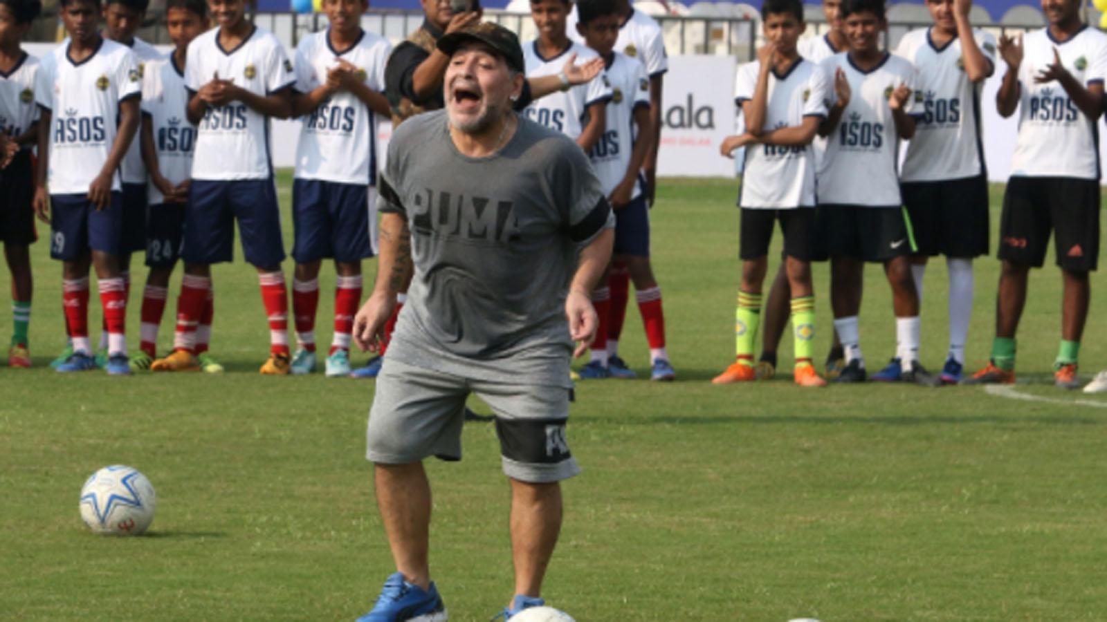 legendary-footballer-diego-maradona-dies-at-60-after-cardiac-arrest