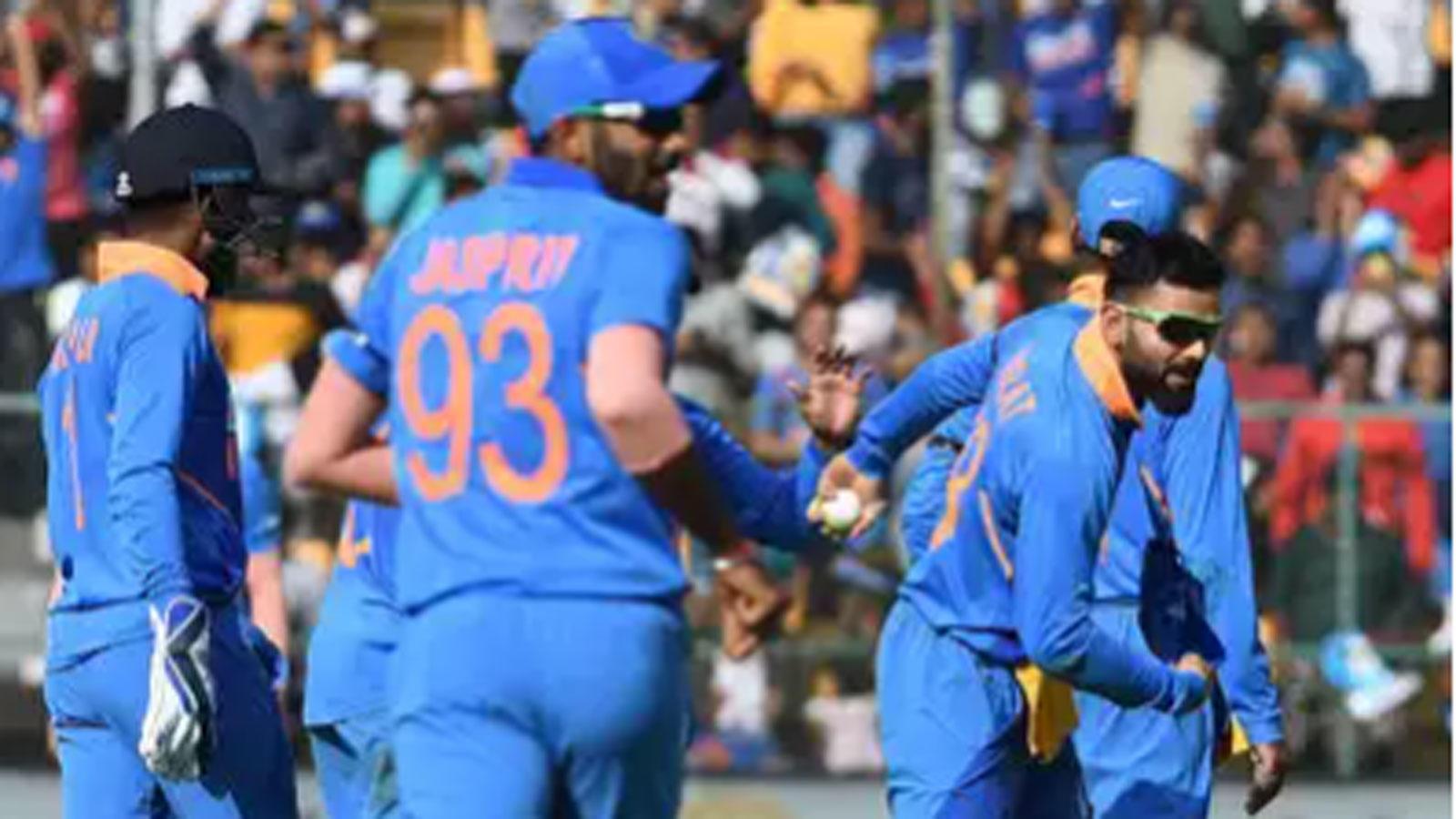 india-vs-aus-rohit-less-india-venture-into-unknown-against-mighty-australia