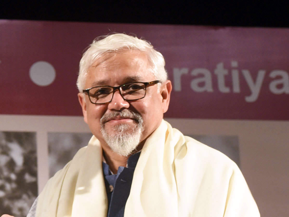 Amitav Ghosh'S New Book To Release In 2021 - Times Of India