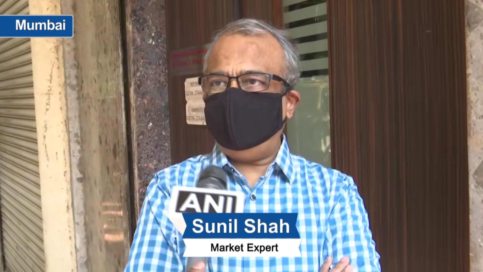 huge-liquidity-covid-19-vaccine-hopes-put-sensex-in-positive-zone-market-expert